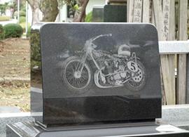 レーザー彫刻 バイク彫
