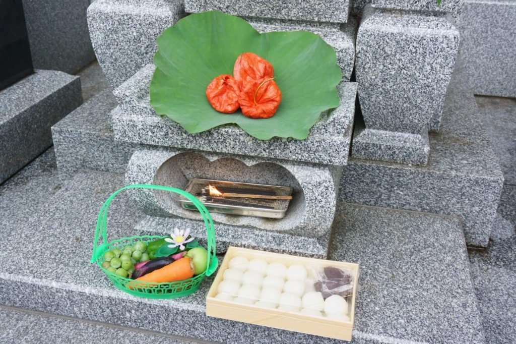 お墓参りのお供え物のマナー