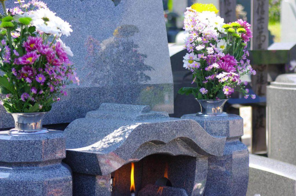 お墓の値段はどうやって決まる?