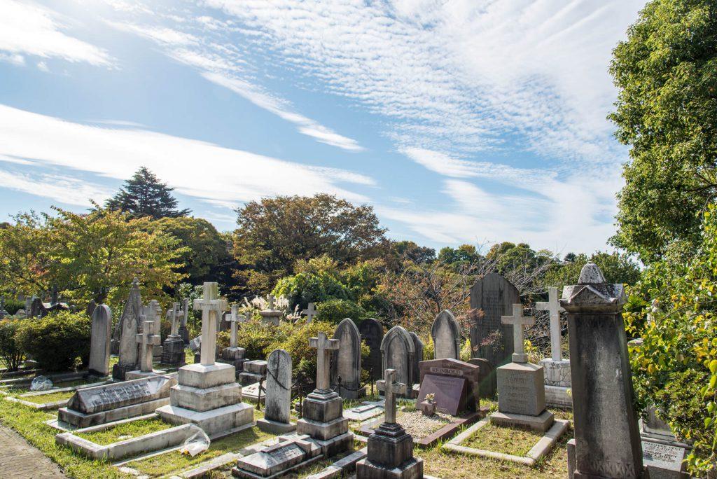 仏教以外の宗教のお墓参りの時期は?